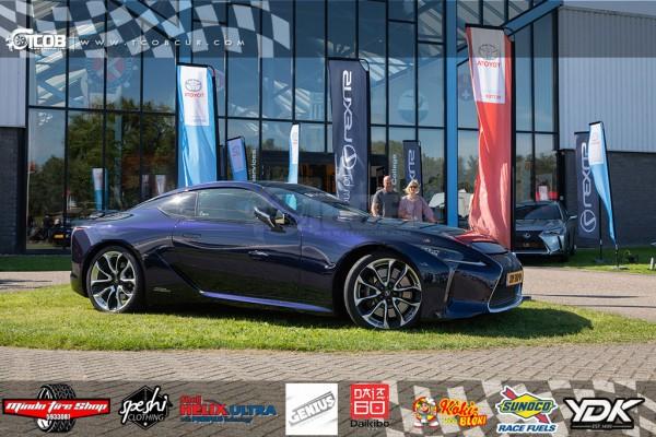 2019 Lexus LC500H F-sport